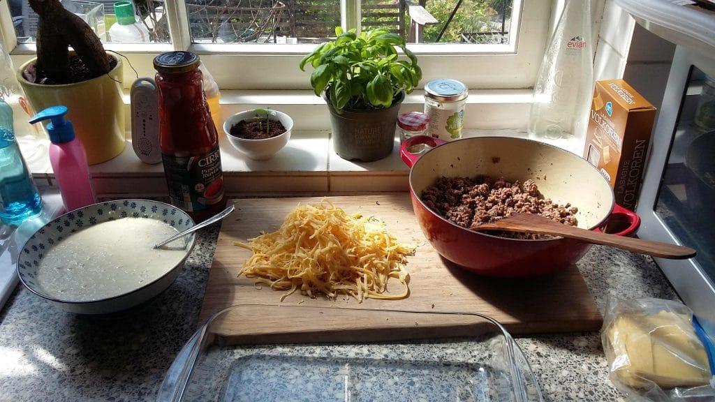 Lasagna onderdelen op een rij