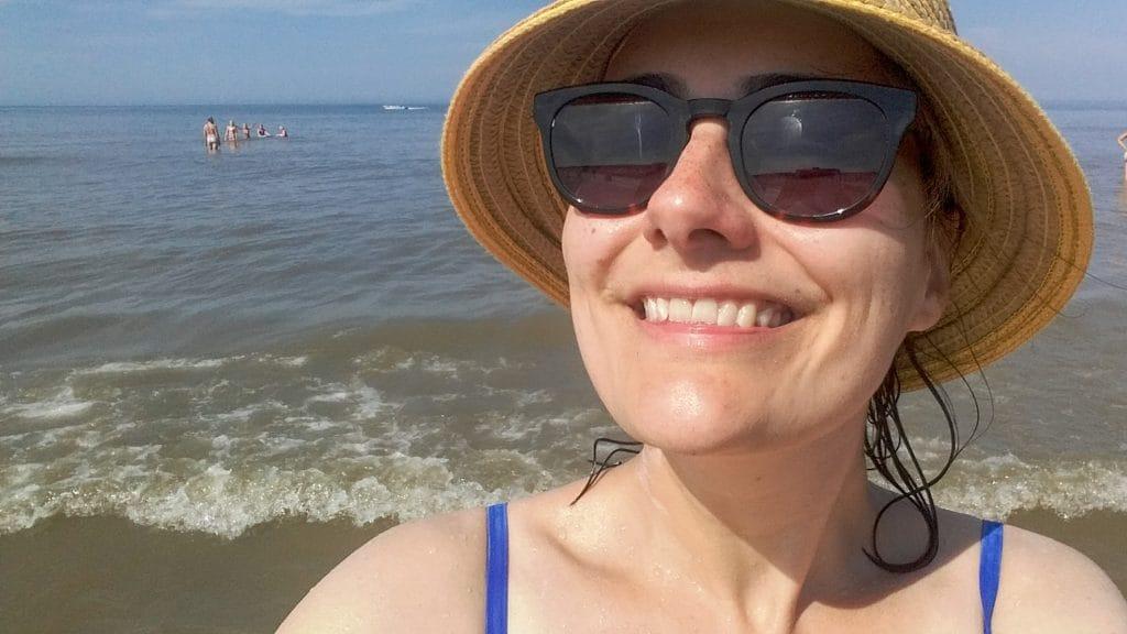 Dankbaar hoofd bij de zee