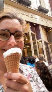 Van der Linde ijs eten