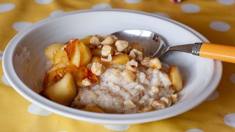 Rijstpap met gebakken appeltjes