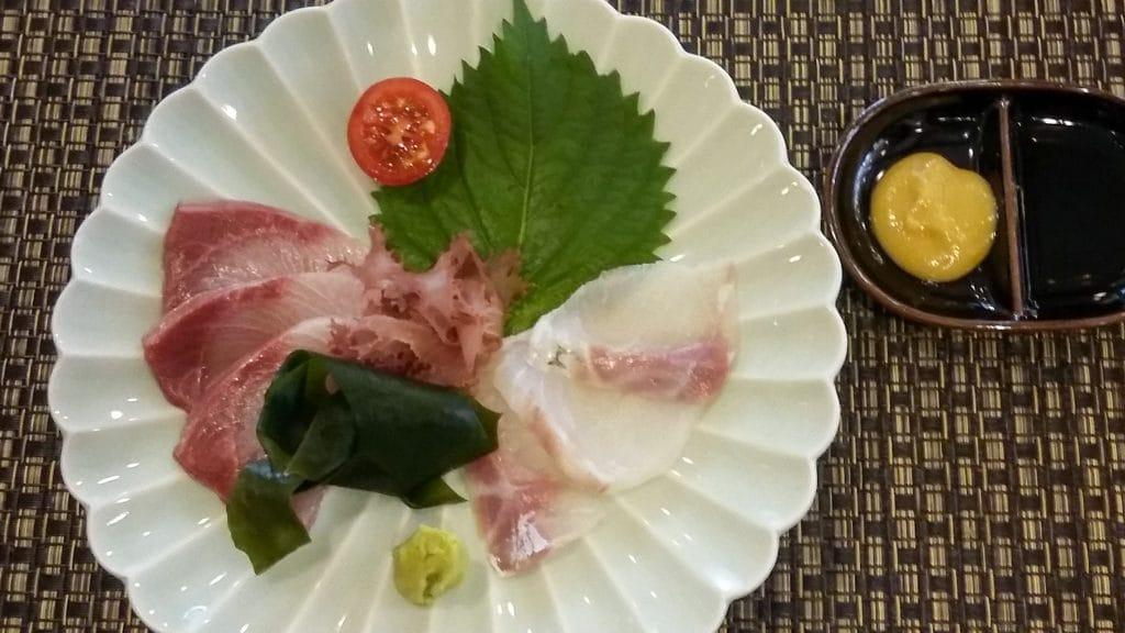 sashimi met shiso