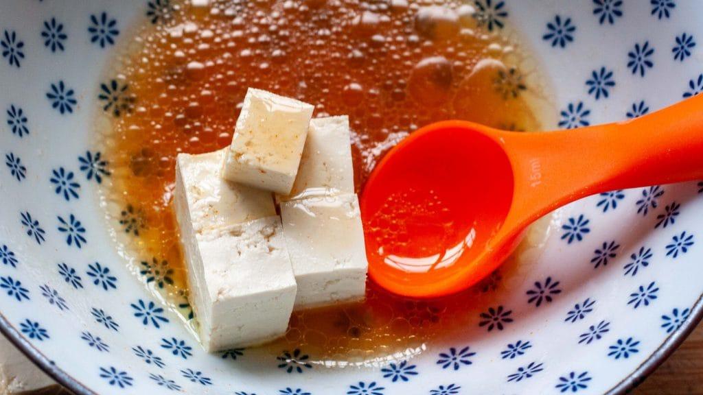 Tofu met Thaise smaken